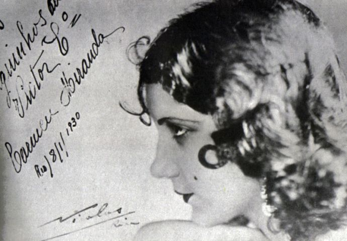 800px-Carmen_Miranda,1930